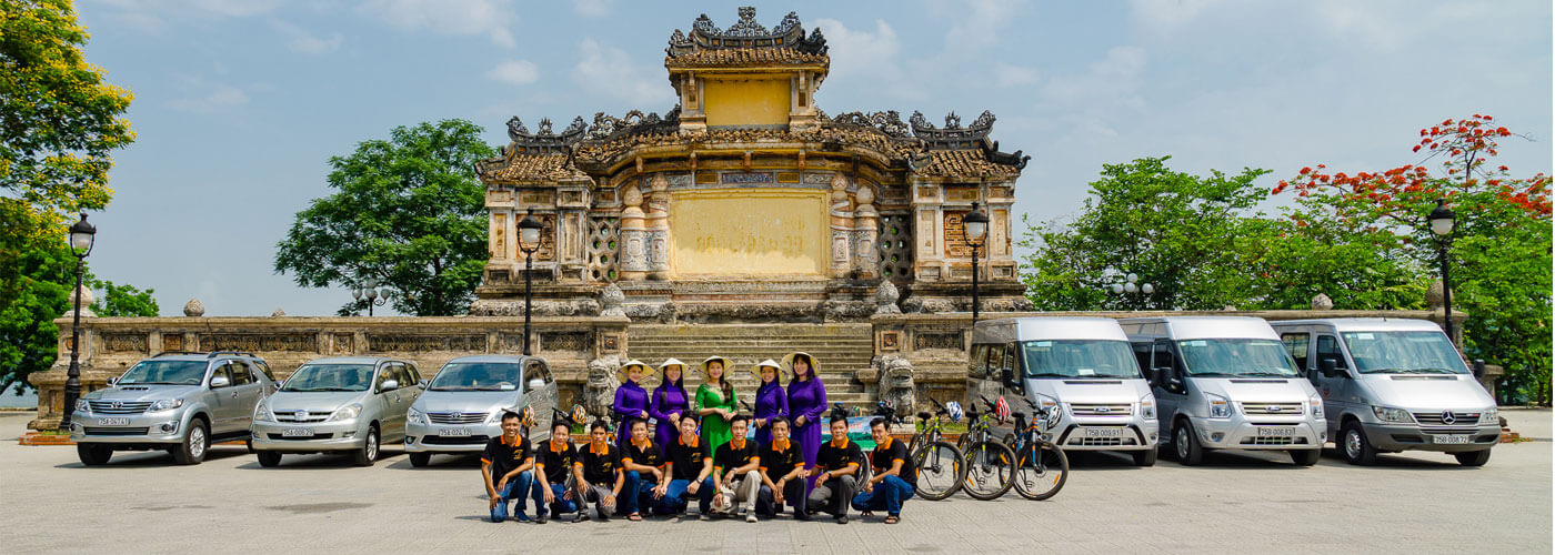 our-team-hue-smile-travel